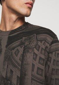 HUGO - DADDED - Sweatshirt - charcoal - 5