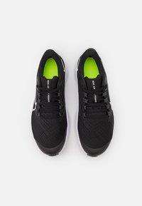 Nike Performance - AIR ZOOM PEGASUS 38 UNISEX - Zapatillas de competición - black/white/anthracite/volt - 3