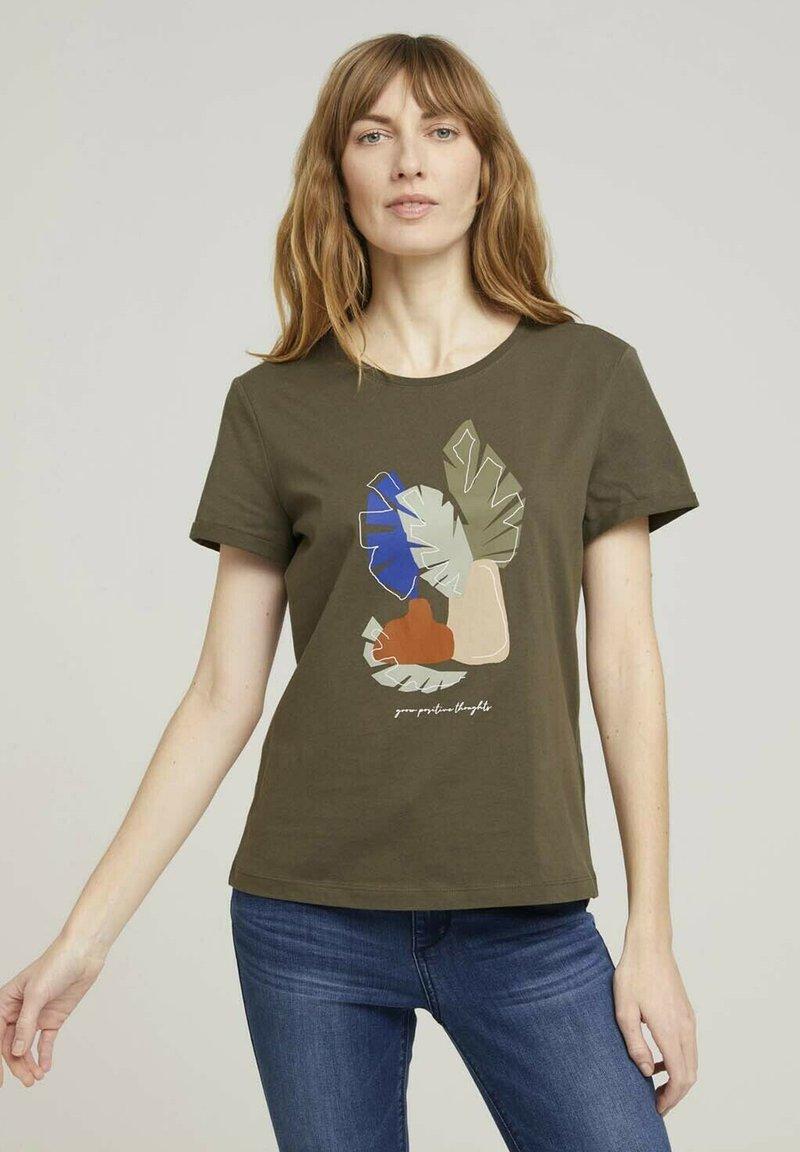 TOM TAILOR - Print T-shirt - grape leaf green
