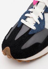 New Balance - MS327 UNISEX - Trainers - grey/blue - 7