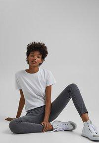 edc by Esprit - Basic T-shirt - white - 6