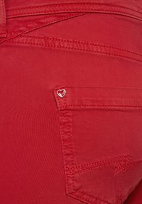 Street One - Denim shorts - rot - 4