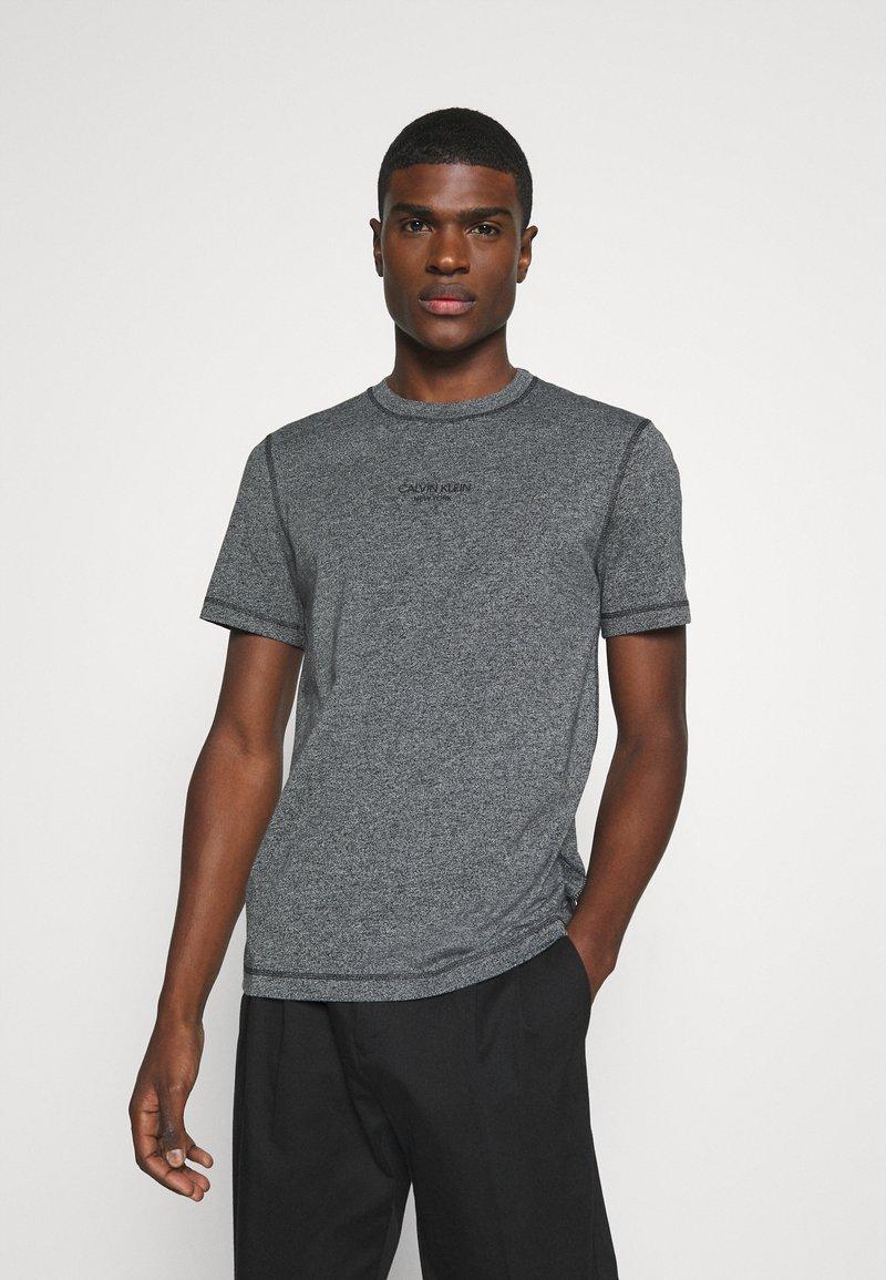 Calvin Klein - MOULINE  - Jednoduché triko - black