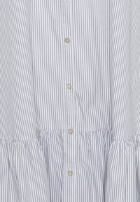 esmé studios - VIVIAN SS MIDI OVERSIZE DRESS - Shirt dress - blue/white - 2
