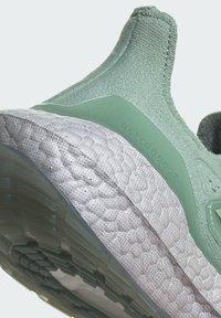 adidas Performance - ULTRABOOST  - Zapatillas de running neutras - green - 7