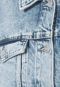 Monki - Veste en jean - blue dusty/light blue - 6