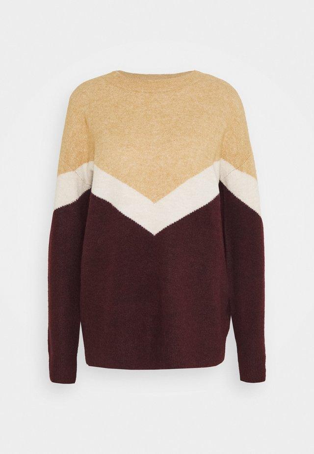 VMGINGOBLOCK O NECK - Jersey de punto - cabernet/birch/tan