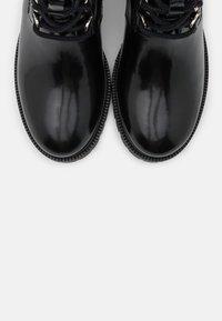 maje - Lace-up ankle boots - noir - 6