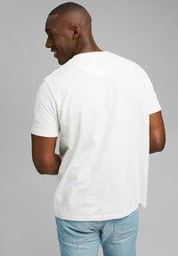 Esprit - PIQUE - Basic T-shirt - off white - 6