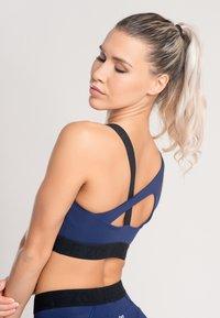 Zoe Leggings - Urheiluliivit - blue - 2
