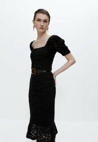 Uterqüe - A-line skirt - black - 4