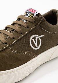 Vans - PARADOXXX - Sneakersy niskie - beech/marshmallow - 6