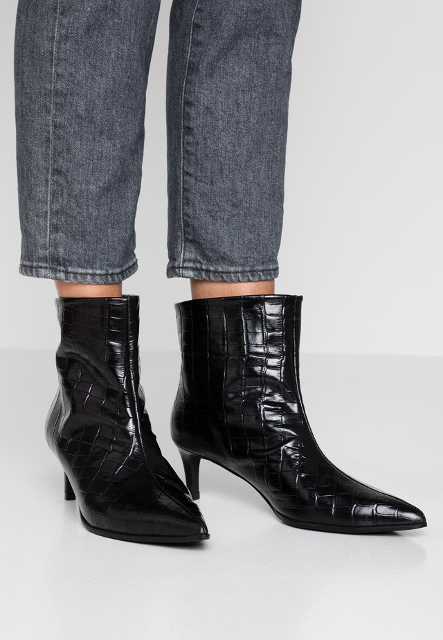 MARIEL - Bottines - monterrey black