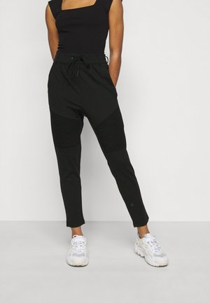 ONLPOPTRASH EASY  BIKER PANT - Pantalon de survêtement - black