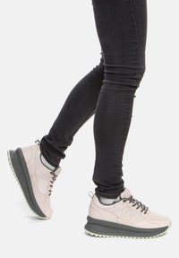 GRÜNBERG - Sneakersy niskie - beige - 0