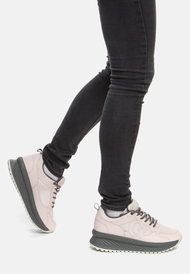 GRÜNBERG - Sneakersy niskie - beige