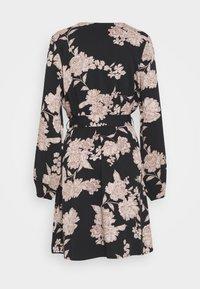 ONLY - ONLALMA LIFE DRESS - Vapaa-ajan mekko - black/vintage flower - 1