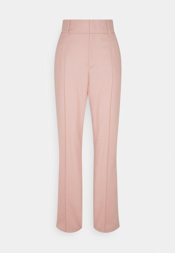 HIGHWAISTED TAPERED PANTS PINTUCK AND PLEATS