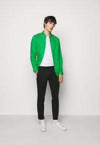 Polo Ralph Lauren - SLIM FIT LINEN SHIRT - Shirt - golf green - 1