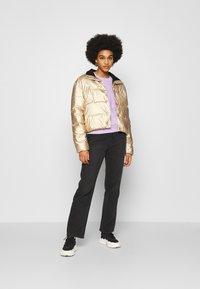 Roxy - CROSS STEPPING - Winter jacket - gold - 1