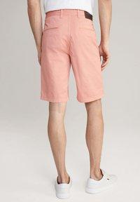 JOOP! Jeans - RUDO - Shorts - puderrosa - 2