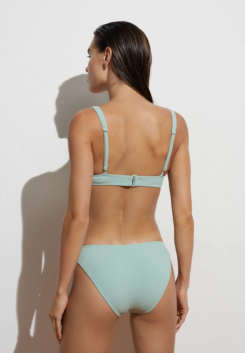 OYSHO - Bikini top - light green