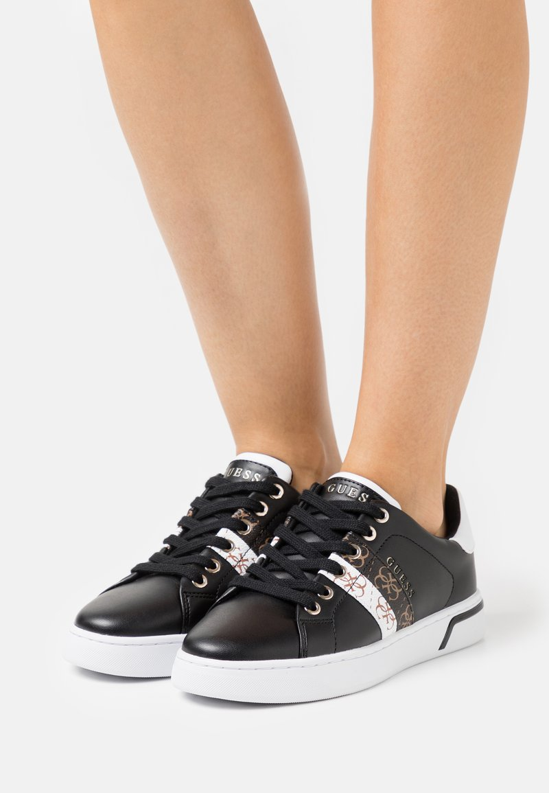 Guess - REEL - Trainers - black