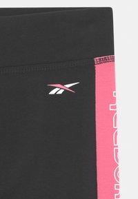 Reebok - SIDE STRIPE CAPRI - Leggings - Trousers - black - 2