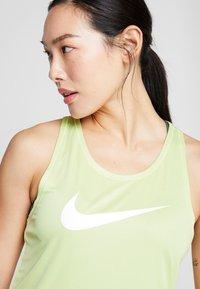 Nike Performance - TANK RUN - Camiseta de deporte - limelight/white - 3