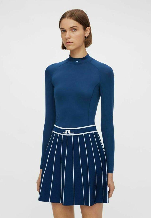 OBERTEIL ÅSA COMPRESSION - T-shirt sportiva - blue