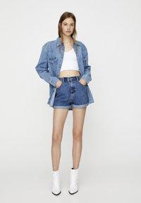 PULL&BEAR - Jeans Shorts - blue - 0