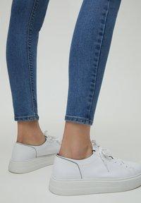 PULL&BEAR - Jeans Skinny Fit - light blue - 3
