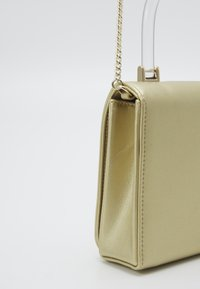 Love Moschino - Across body bag - gold - 4