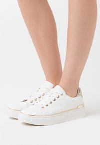 Call it Spring - KASSIEE - Sneakers laag - white - 0