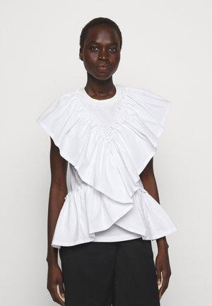 BUTTERFLY RUFFLE SLEEVE TANK - Print T-shirt - offwhite
