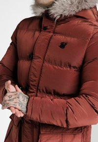 SIKSILK - STOP PUFF - Zimní kabát - red - 4