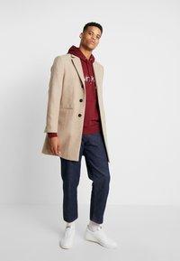 Calvin Klein - LOGO HOODIE - Sweatshirt - red - 1