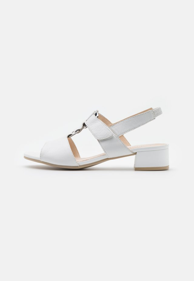 WOMS - Sandales - white