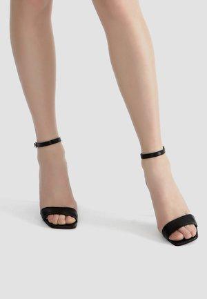 MIT RIEMCHEN - High heeled sandals - schwarz