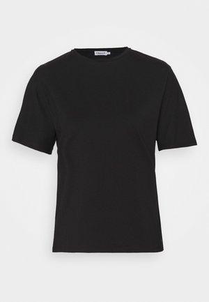 TORI TEE - Jednoduché triko - black