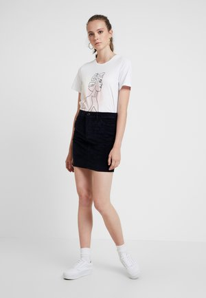 VMSEVEN SHORT SKIRT - Falda acampanada - night sky