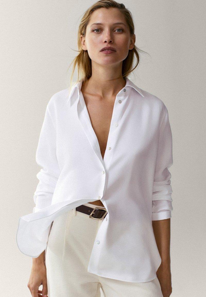 Massimo Dutti - UNIFARBENES - Skjortebluser - white