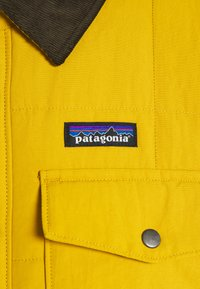 Patagonia - ISTHMUS QUILTED - Veste d'hiver - buckwheat gold - 2