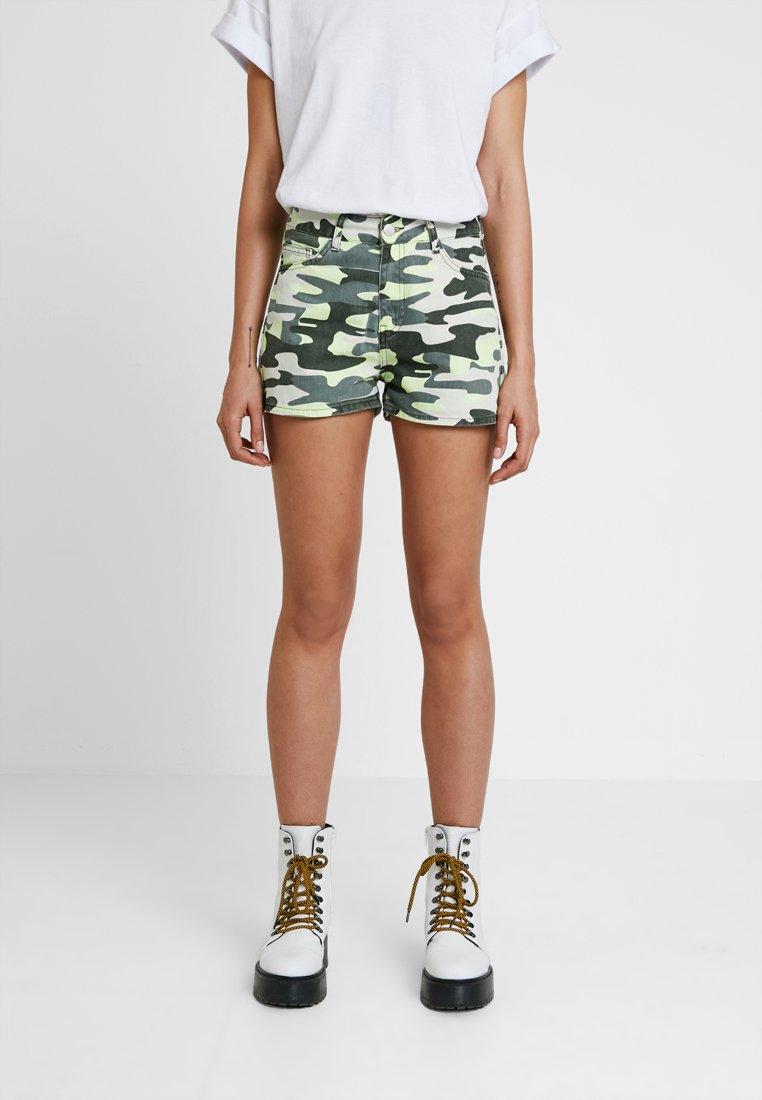TWINTIP - Denim shorts - green