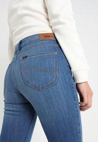 Lee - SCARLETT - Jeansy Skinny Fit - stone blue denim - 5