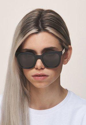 MAHE - Sunglasses - all black