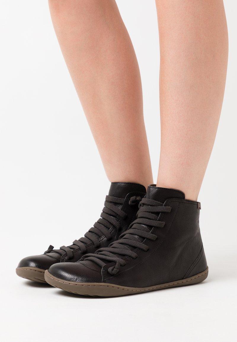 Camper - PEU CAMI - Kotníková obuv - black
