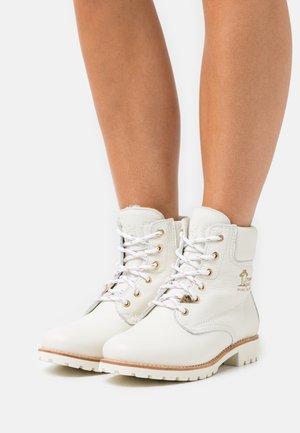 IGLOO  - Zimní obuv - white