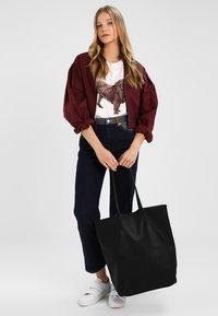 Vero Moda - VMANNA - Tote bag - black - 1