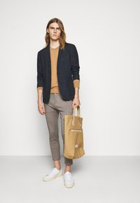 DRYKORN - JEGER - Trousers - brown - 1